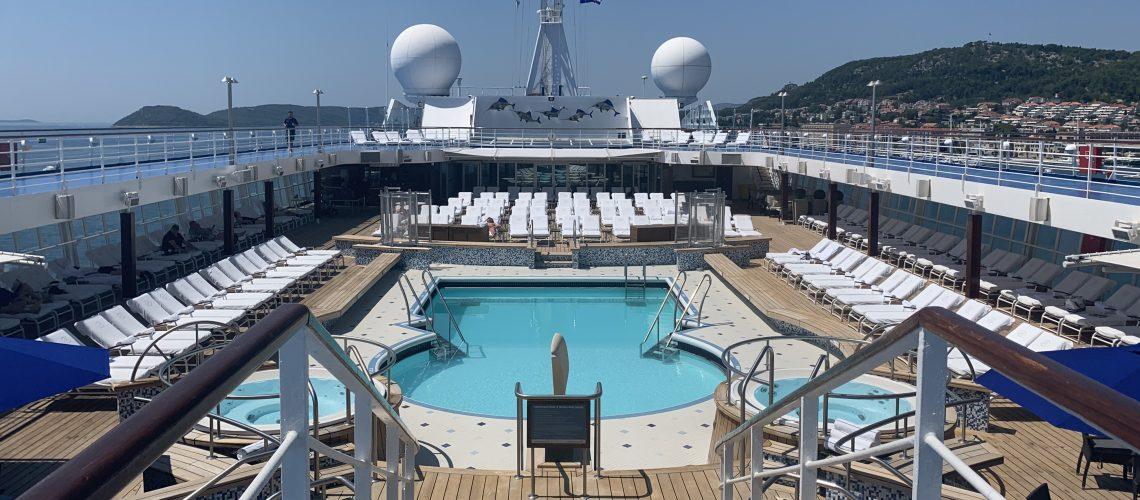 Regent Cruises Voyager Pool