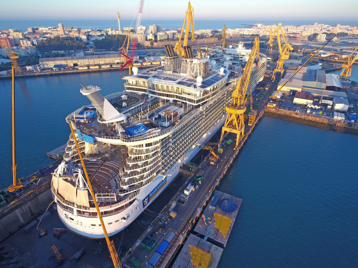 RCCL Oasis of the Seas renovation aft