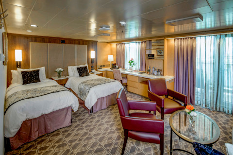 Holland America Noordam suite with twin beds