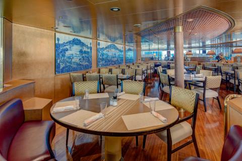 Holland America Noordam casual restaurant