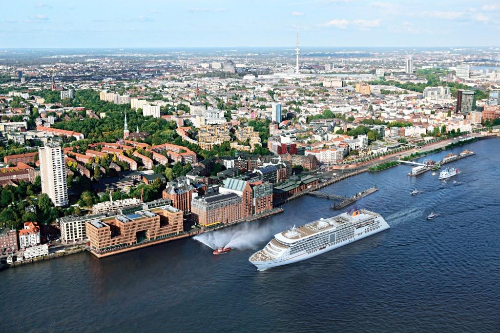 Hapag-Lloyd Cruises MS EUROPA 2 Hamburg