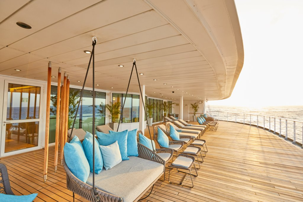 Hapag-Lloyd Cruises MS EUROPA 2 lounges outside spa