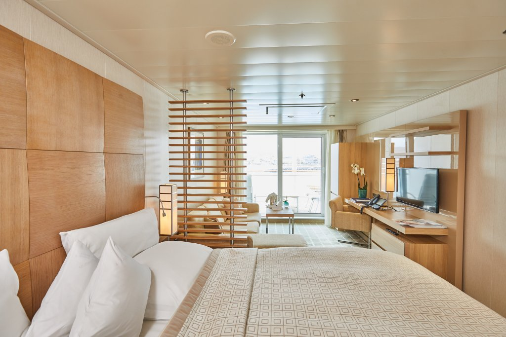 Hapag-Lloyd Cruises MS EUROPA 2 suite 2