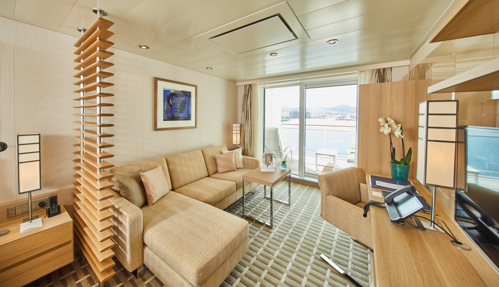 Hapag-Lloyd Cruises MS EUROPA 2 suite